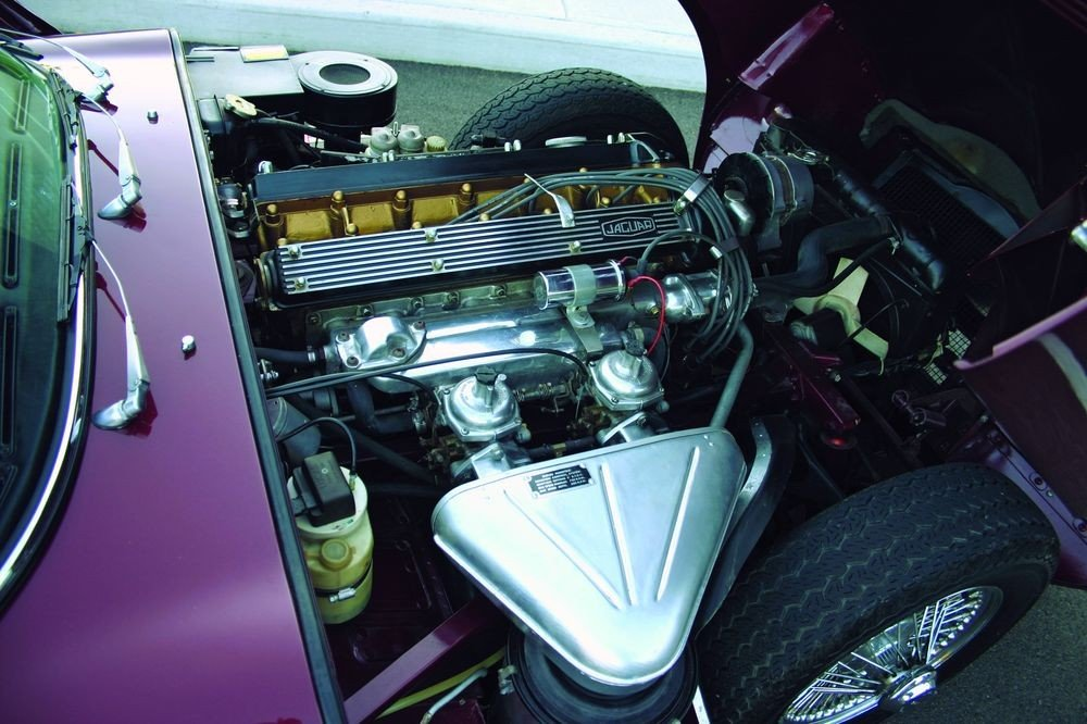 jaguar e type двигатель