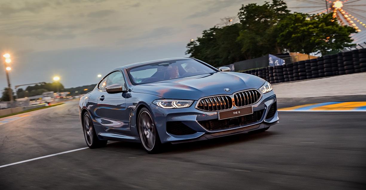 BMW 850i фото